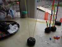 Необычные игры для малышей с макаронами