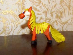 лошадь из пластилина6