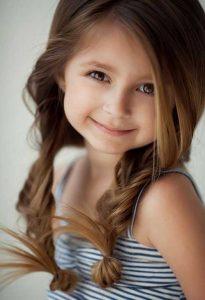 красивые волосы у девочки