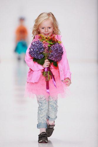 мода для девочек 8