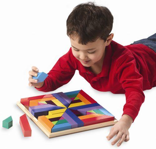 картинки дети играют в кубики2