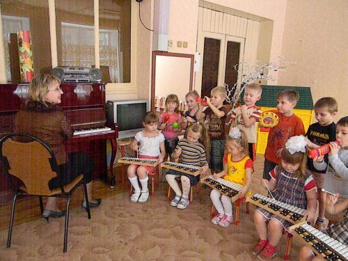 дети в детском саду4