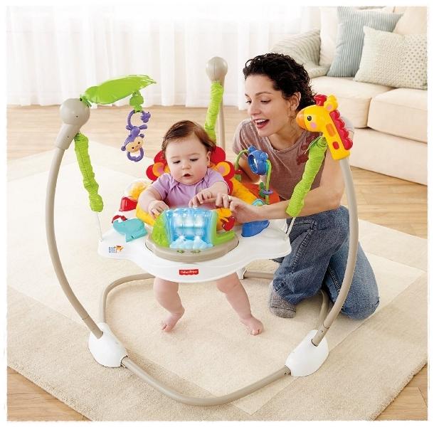 мама с ребенком в прыгунках