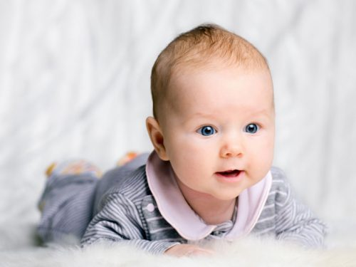 ребенок в три месяца