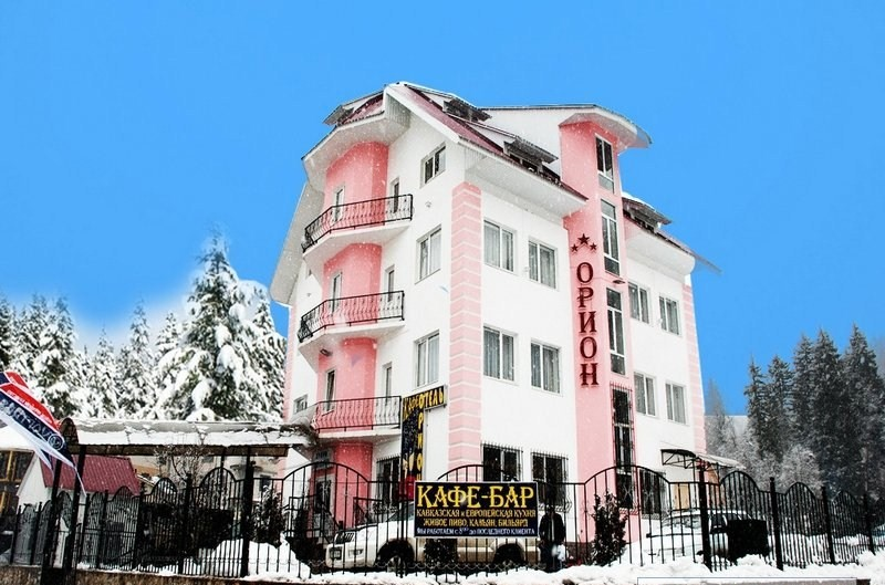 Орион домбай отель