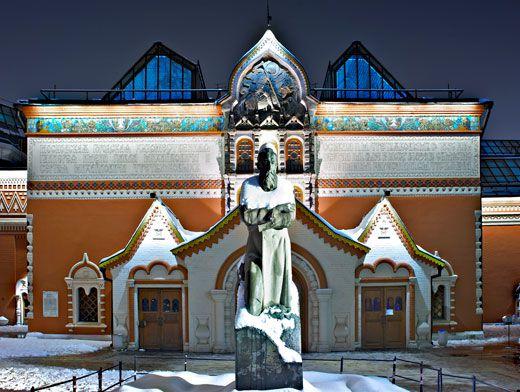 Третьяковская галерея зимой