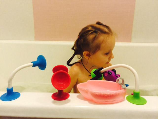 squize играем в ванне